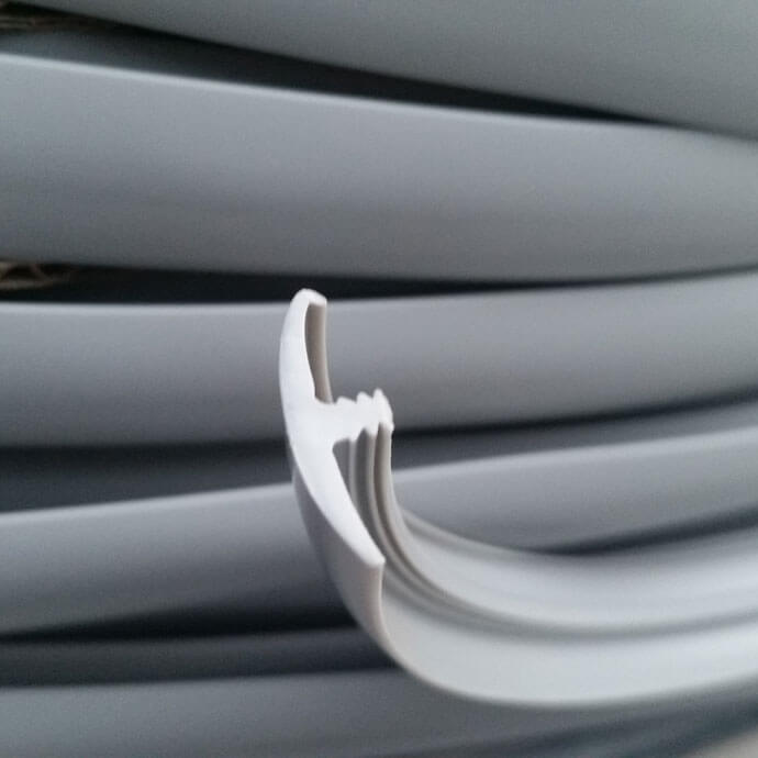 20 Metres Light Gray Single Lipped T Trim Edging For 15mm
